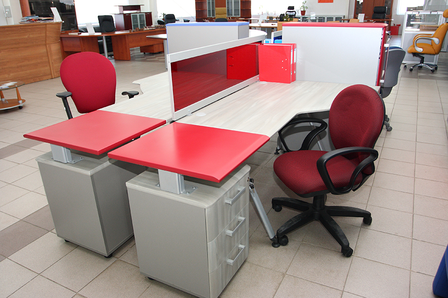 how to choose the best office furniture fursys